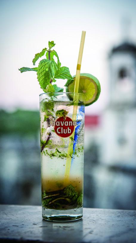 在哈瓦那不能不喝海明威的最爱莫吉托鸡尾酒