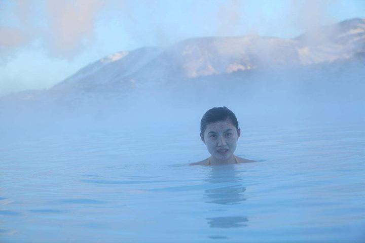 冰火两重天的极致体验:来自冰岛的蓝湖热汤