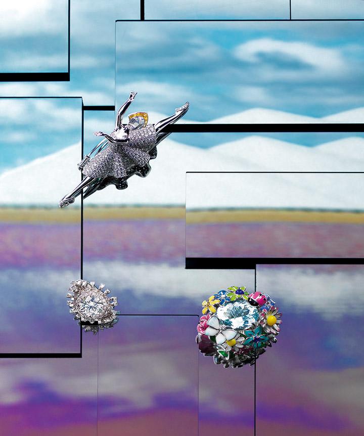 从上至下,从左至右 Van Cleef & Arpels梵克雅宝Giselle Emeraudes ballerina胸针 Bulgari宝格丽 高级珠宝系列铂金镶钻石戒指 Dior 迪奥 高级珠宝 Diorette系列海蓝宝石戒指