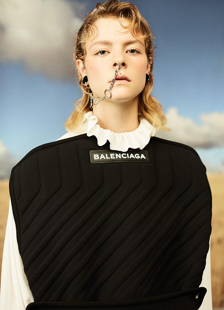 Balenciaga 黑色拼白色荷叶领衬衫