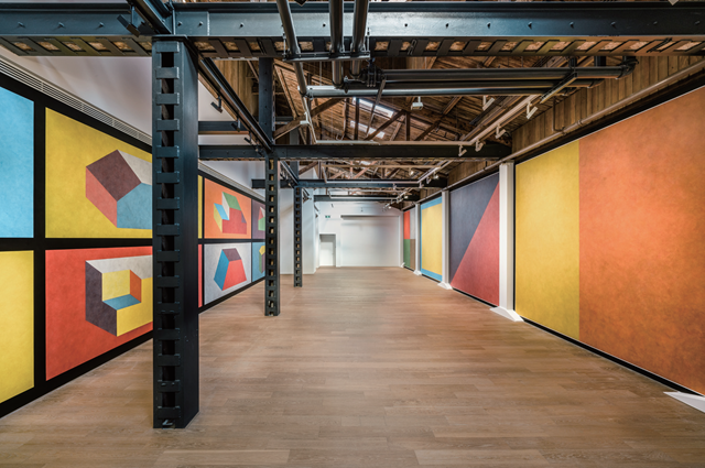 SOL LEWITT : WALL DRAWINGS Installation View