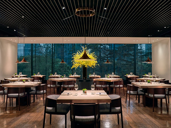 PHÉNIX eatery & bar_05.jpg